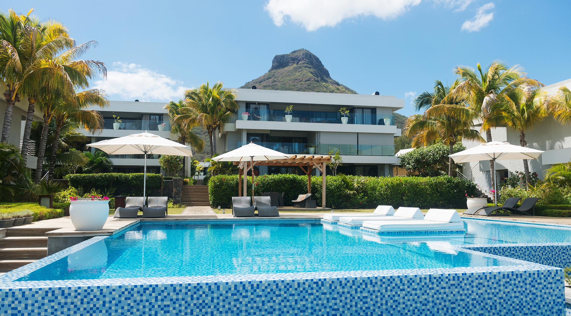 Leora Beach Apartments Mauritius
